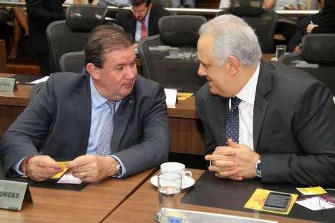 Projeto obriga comércio a divulgar lei sobre devolução de troco integral
