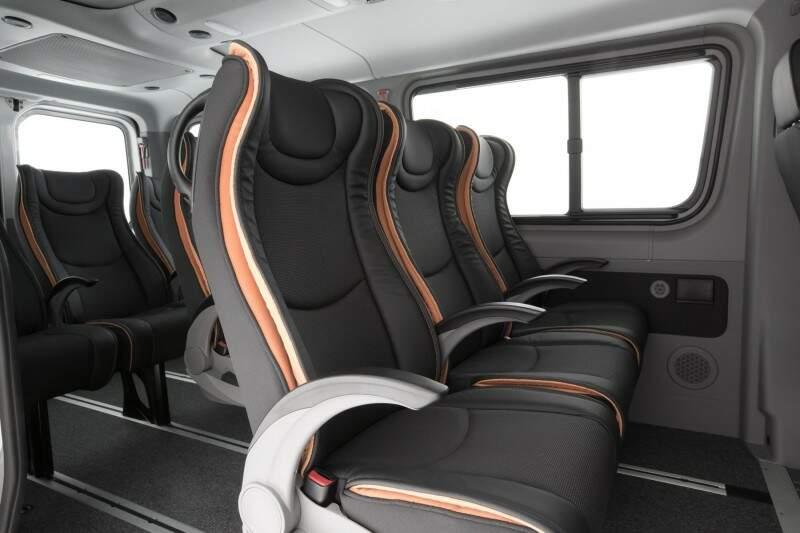 Mercedes-Benz lança van Sprinter de 10 lugares