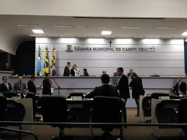 Se aprovados, os cinco projetos da pauta seguem para sanção do prefeito Marquinhos Trad (PSD) (Foto: Kleber Clajus/Arquivo)