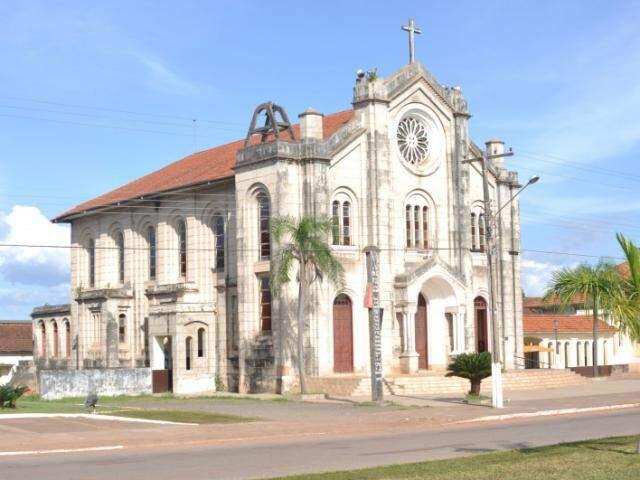 Igreja de Santo Afonso tem inspiração neo-românica e foi construída em 1934 (Foto: Marcelo Calazans)