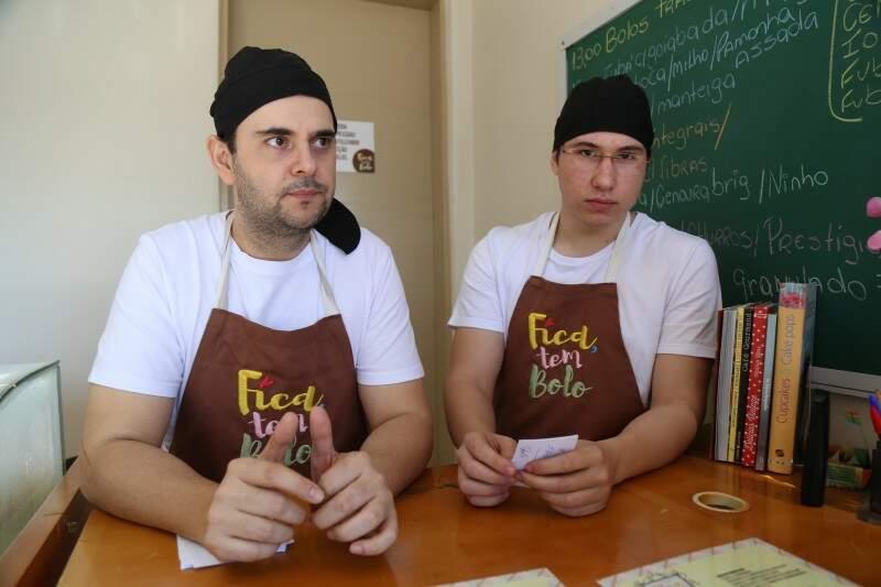César e João Pedro, estão todos os dias na produção. (Foto: Fernando Antunes)
