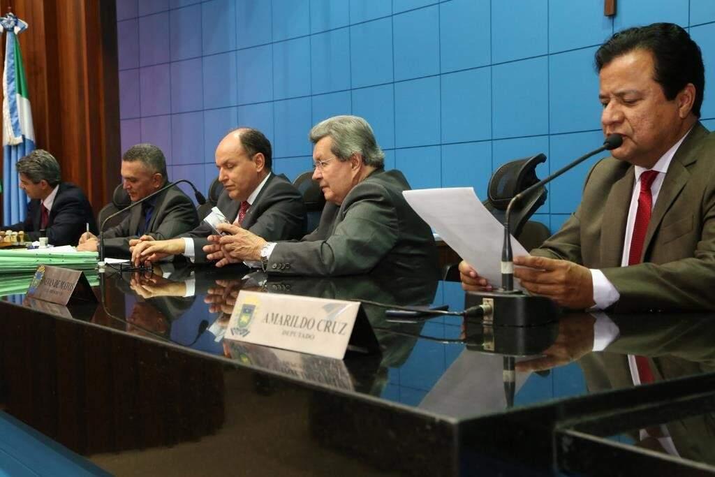 Deputados vão votar o projeto durante a sessão desta terça-feira (Foto: Victor Chileno/ALMS)