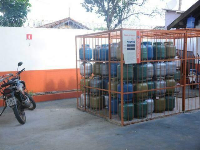 Revendedora de gás de cozinha em Campo Grande (Foto: Paulo Francis)