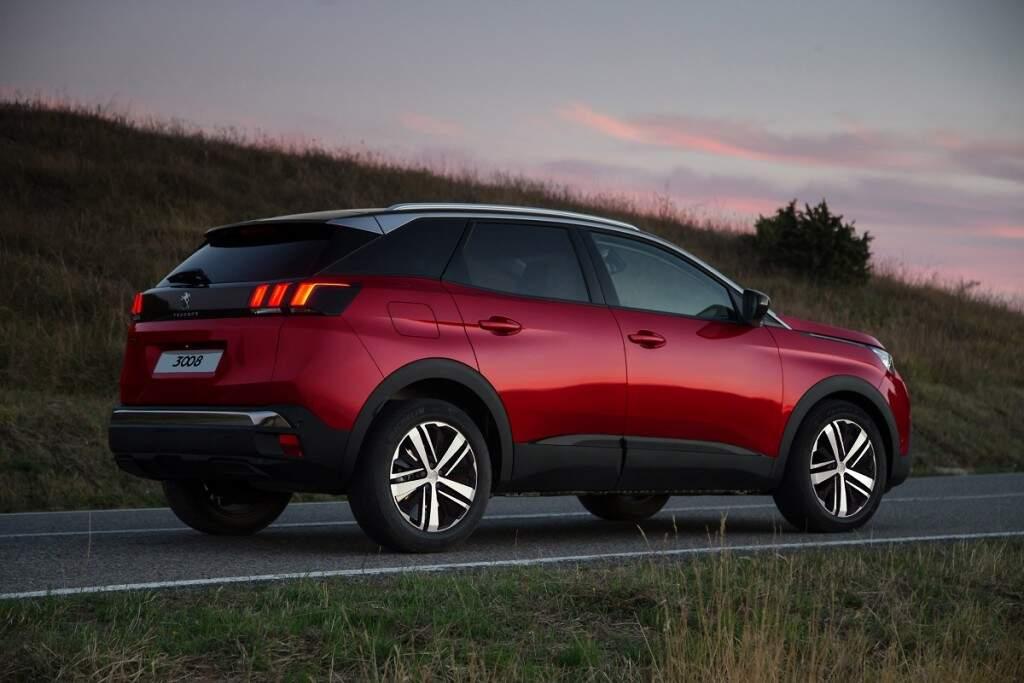 Novo Peugeot 3008 chega com versão de entrada por R$ 139.990