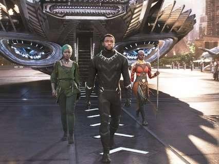 Comunidade Tia Eva se mobiliza para que crianças assistam filme Pantera Negra