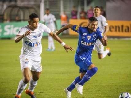 Em jogo de estreias, Cruzeiro faz 1 a 0 sobre o Santos na Vila Belmiro