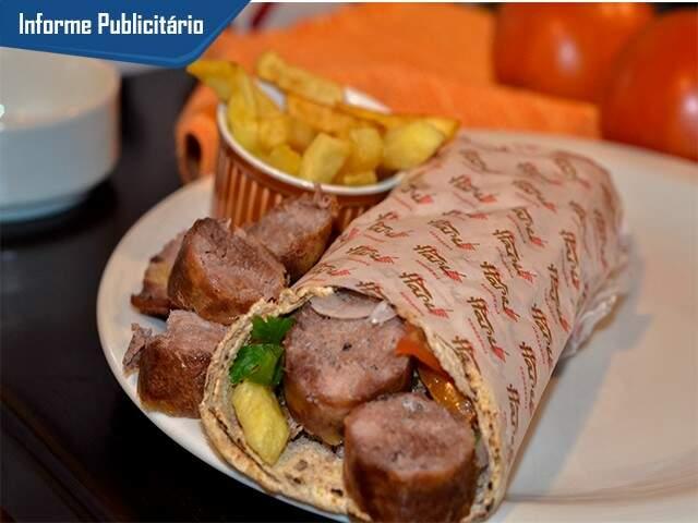 Kebab de Linguiça Pantaneira. Mistura Sul- Matogrossense sugerida por clientes que tem feito sucesso. (Foto: Divulgação)