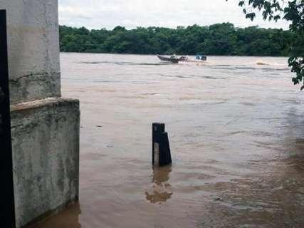 Imasul aciona Defesa Civil para retirar ribeirinhos do rio Taquari