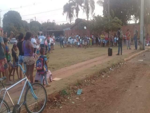 Após clima de terror, moradores fizeram protestos