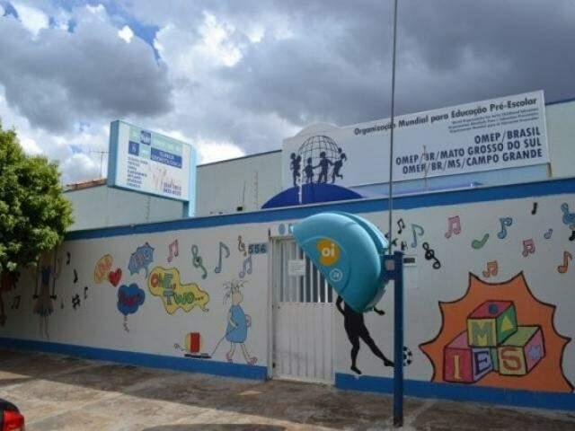 Sede da Omep em Campo Grande; entidade e presidente ainda foram proibidas de contratar com o poder público. (Foto: Arquivo)
