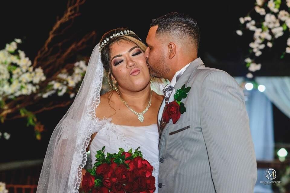 Professora e proprietária do Pequerruchos Animação e Fotografia Evellyn Jaime, de 28 anos, garante que sim, é possível casar na permuta. (Foto: Arquivo Pessoal)