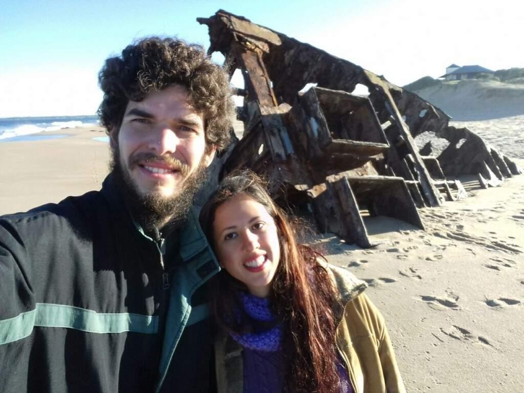 Os dois no litoral uruguaio, onde estão aualmente