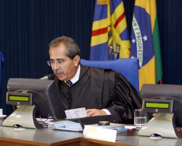 José Ricardo solicitou aposentadoria junto ao TCE (Foto: Divulgação)