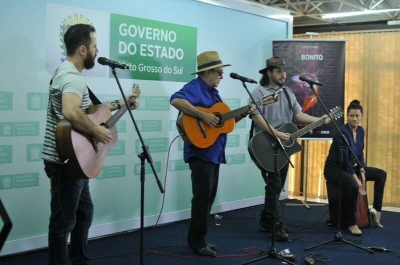 Música regional animou o lançamento do evento esta manhã (24) na governadoria. (Foto: Alcides Neto)