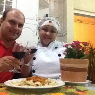 André e Gisleika são responsáveis pelo restaurante.