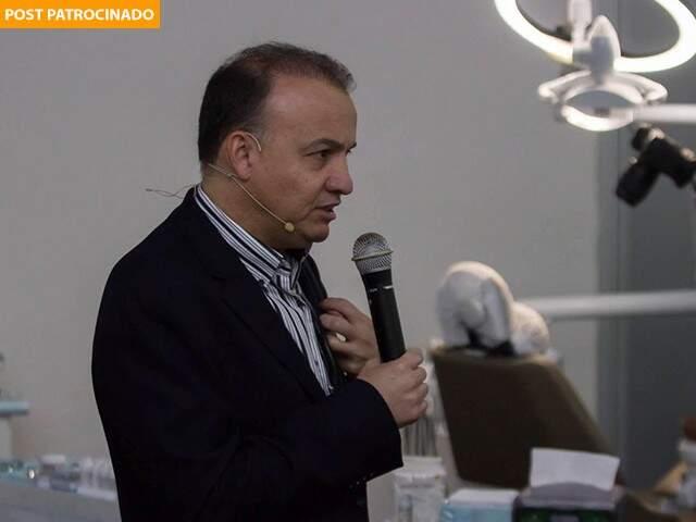 Compartilhando conhecimento, Dr. José Olavo Mendes realiza AP SUMMIT (Foto: Pedro RCL)