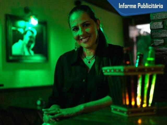 Lucilene Ribeiro Sambatti virou proprietária do bar que frequentava.