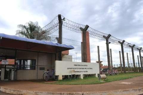Rede de facção tem casa de apoio para presos da penitenciária federal