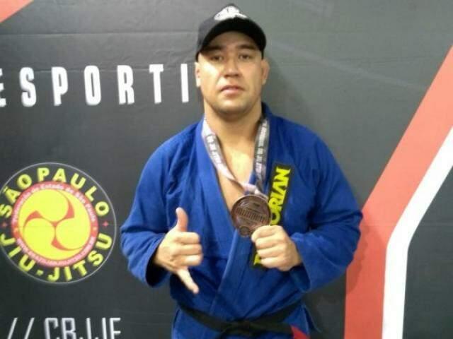 Rafael após a premiação na disputa. (Foto: Arquivo Pessoal)