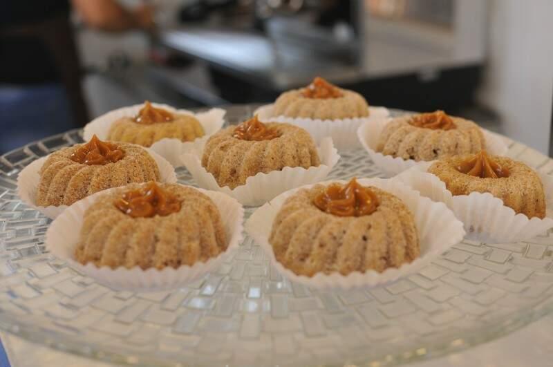 Mini churros é uma das sobremesas do café. (Foto: Alcides Neto)