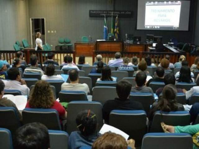 TRE espera capacitar cerca de 8,8 mil mesários na Capital neste mês. (Foto: TRE/Divulgação)