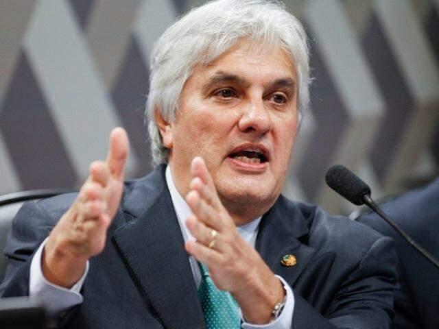 Com mandato de senador cassado, Delcídio perdeu também o foro privilegiado de parlamentar (Foto: Agência Senado/Beto Barata)