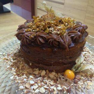 Dos bolos funcionais, o mais popular é de castanhas, com baba de moça e brigadeiro.