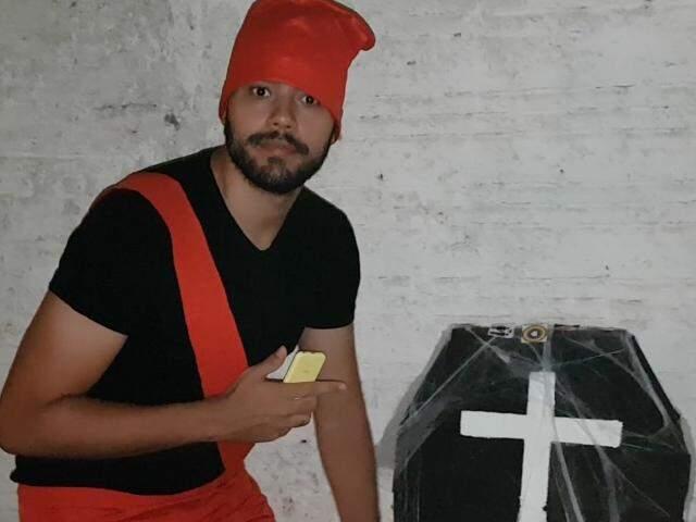 Mesmo com o folclore nacional esquecido, Saci aparece em festa de Halloween