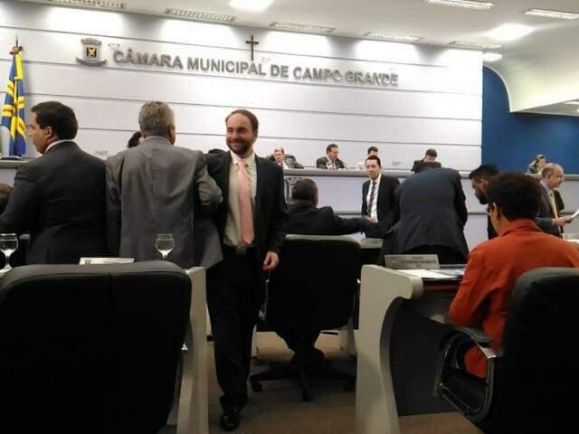 Compareceram a sessão 27 dos 29 vereadores de Campo Grande (Foto: Kleber Clajus)
