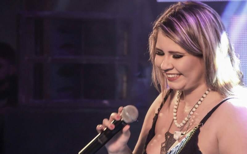 Marília Mendonça faz show sábado em Campo Grande