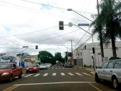 Só em janeiro, ladrões danificaram 3 semáforos para furtar cabos