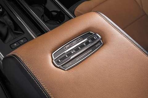 Ford apresenta a versão de luxo da nova F-150
