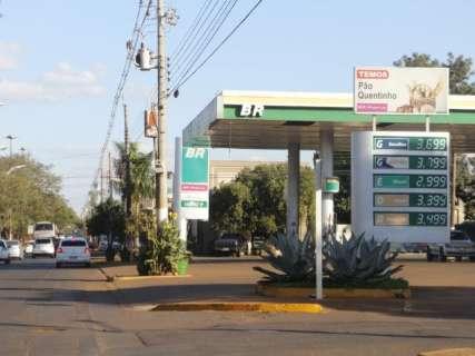 Gasolina fica 5% mais cara em um mês e passa dos R$ 4, mostra Procon