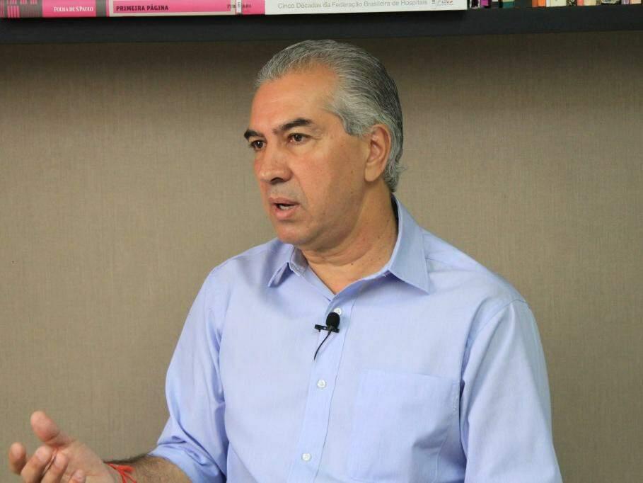 Reinaldo Azambuja, do PSDB, durante entrevista ao Campo Grande News. (Foto: Marina Pacheco/Arquivo).