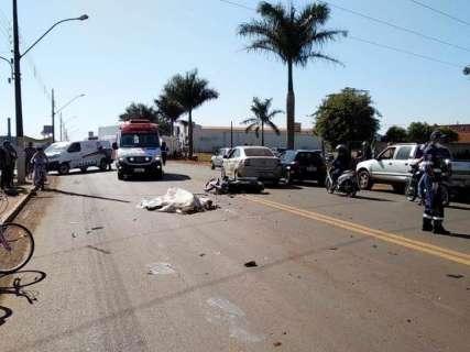 Funileiro morre em acidente envolvendo moto, carro e caminhão
