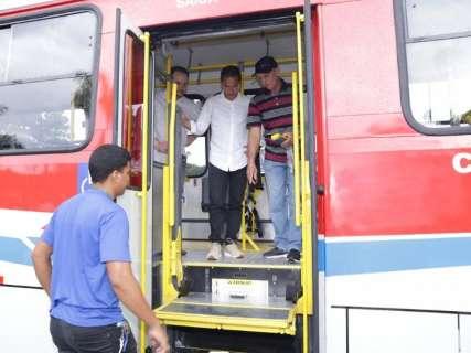 Prefeitura completa entrega de 55 ônibus e promete renovação em 2020