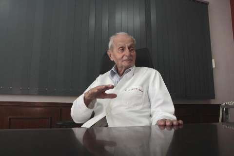 Primeiro médico registrado em MS, Syrzil Maksoud morre aos 94 anos