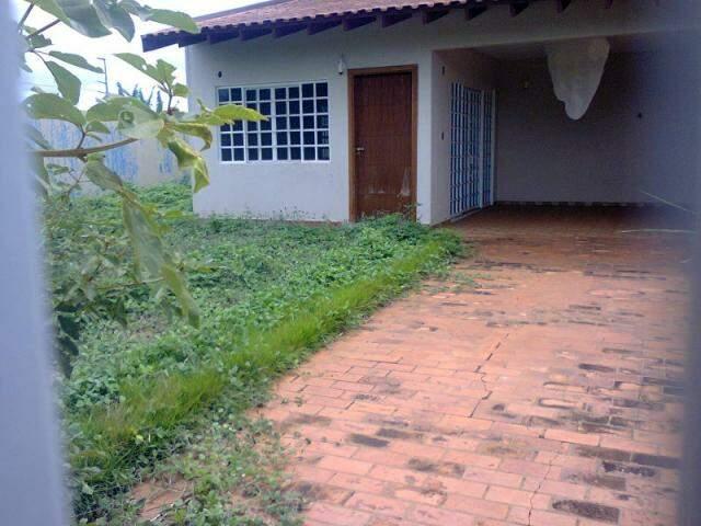 Residência no bairro Alto Sumaré, em Campo Grande, foi encontrada abandonada (Foto: Repórter News)
