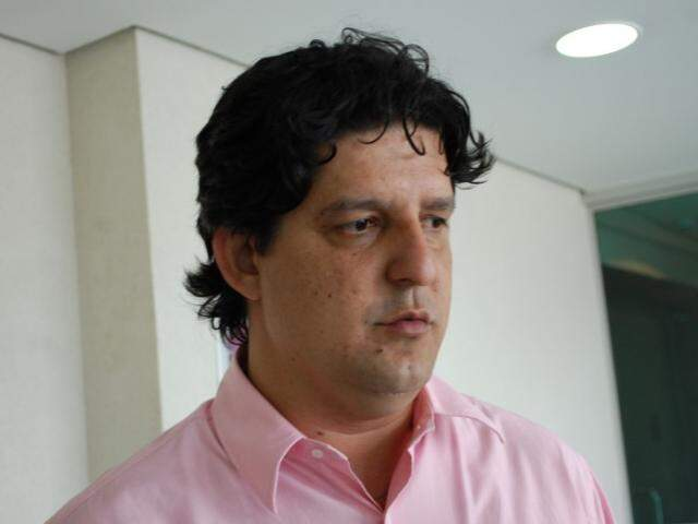 Prefeito de Naviraí, Léo Matos, é um dos 13 integrantes do bloco. (Foto: Pedro Peralta)