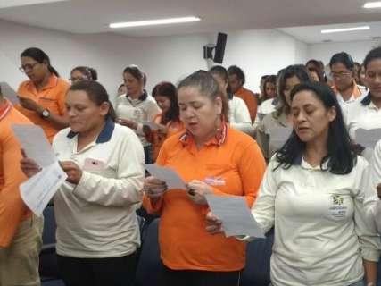 Em protesto contra atraso em benefício, agentes de saúde lotam Assembleia