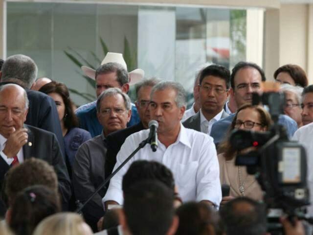 Governador do Estado, Reinaldo Azambuja, PSDB, durante discurso. (Foto: Saul Schramm).