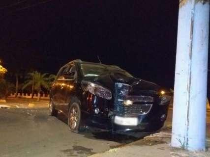 Homem é preso por embriaguez e mulher foge de hospital após acidente
