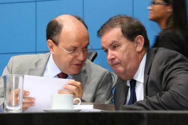 Deputados estaduais Junior Mochi e Eduardo Rocha (Foto: Victor Chileno/ALMS)