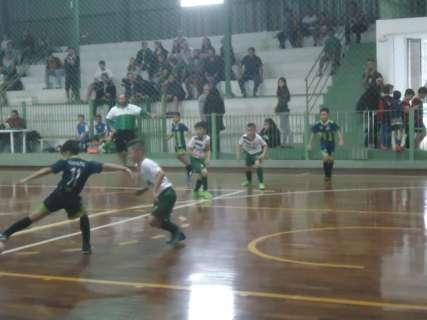Com seis jogos na rodada, Pelezinho tem estreia e clássico no sub 15