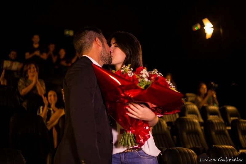"""""""Aceitei porque ele é o amor da minha vida"""", disse a noiva. (Foto: Luiza Gabriela)"""
