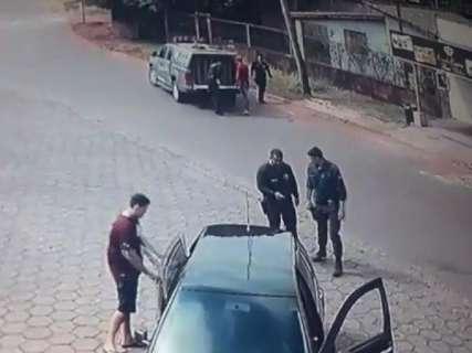 Paraguaios que gravaram abordagem a irmãos sumidos escapam da morte