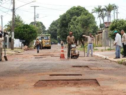 Prefeitura quer remanejar R$ 67 milhões; R$ 8 milhões para tapa-buraco