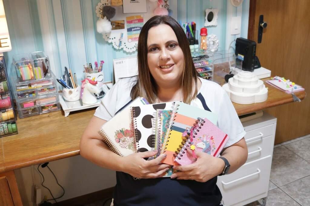 """Trocar as agendas """"sem graça"""" por Planners fez com que Adriana descobrisse novas maneiras de organização (Foto: Kimberly Teodoro)"""