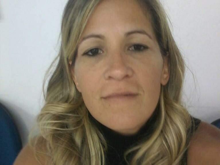 Tatiana Barroso posa para foto (Foto: Facebook/Reprodução)