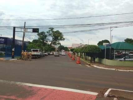 Rua Guia Lopes está parcialmente interditada para obras do Exército